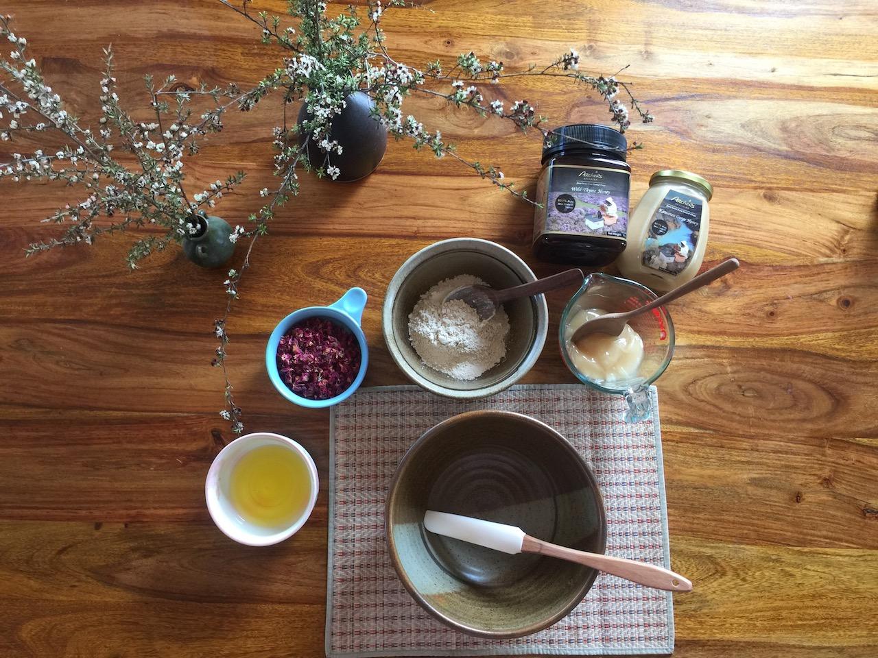 Honey Mud Ingredients